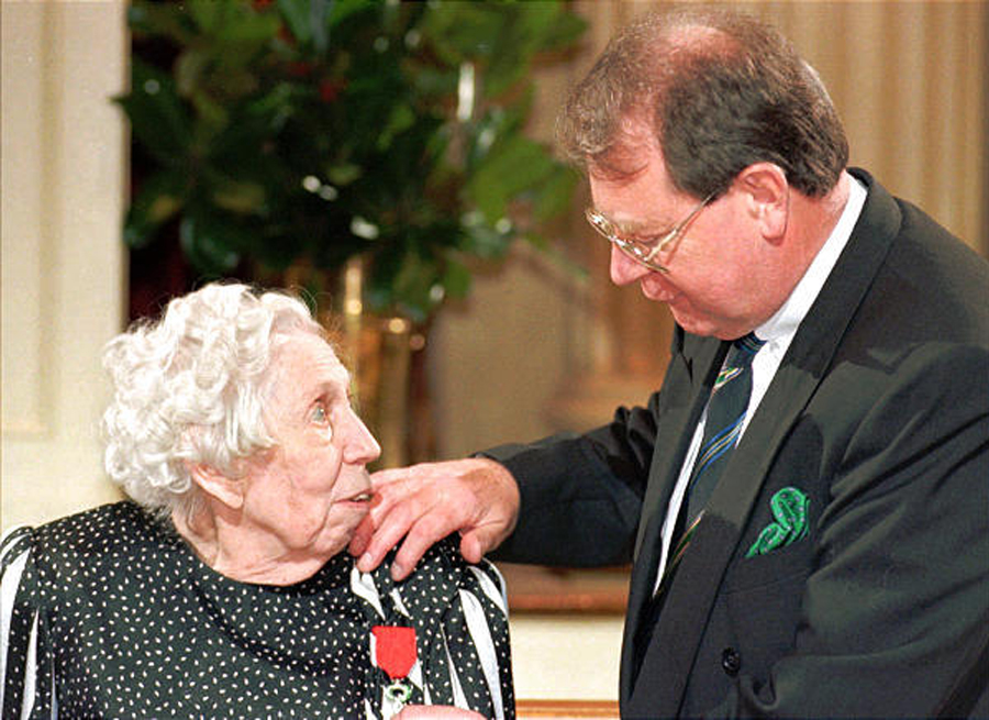 Mississippi author Eudora Welty receives the French Legion of Honor
